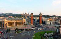 - Площадь Испании