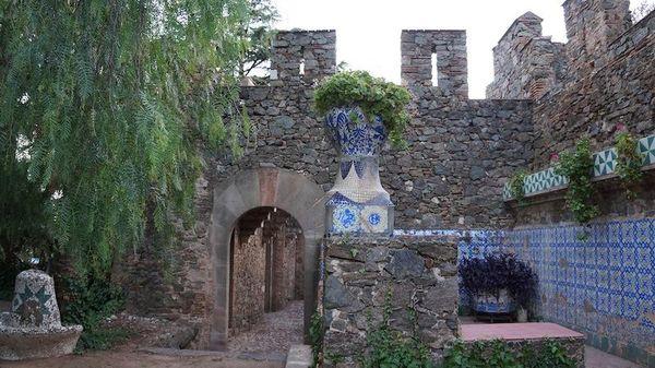 Замок Беллесгуард Антонио Гауди - 2